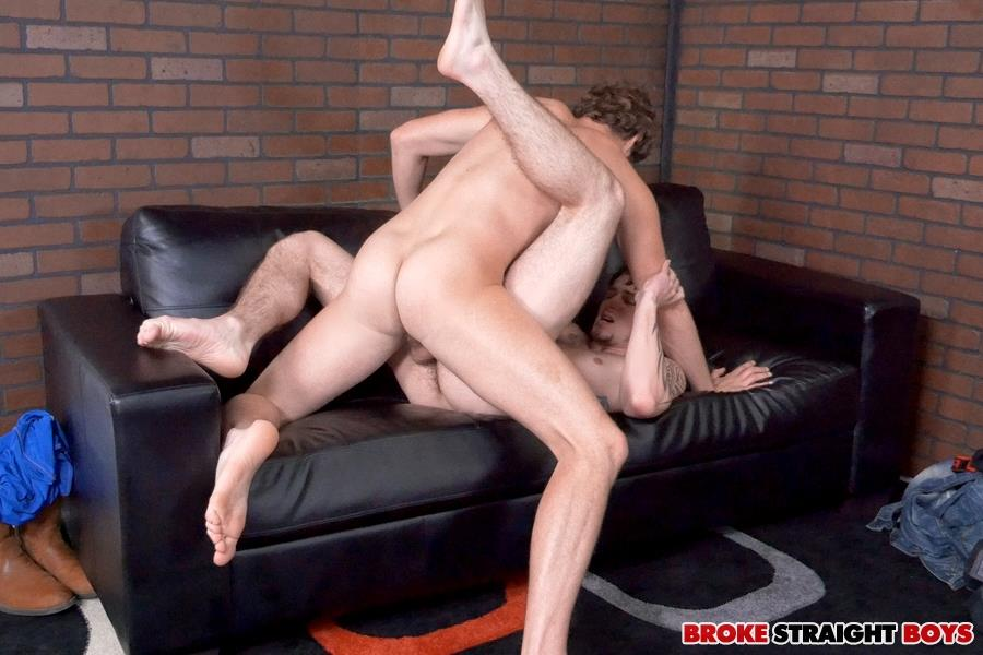 Broke-Straight-Boys-Cage-Kafig-and-James-Andrews-Straight-Boys-Barebacking-Amateur-Gay-Porn-22 Straight Boy Cage Kafig Takes It Up The Ass Bareback For Cash
