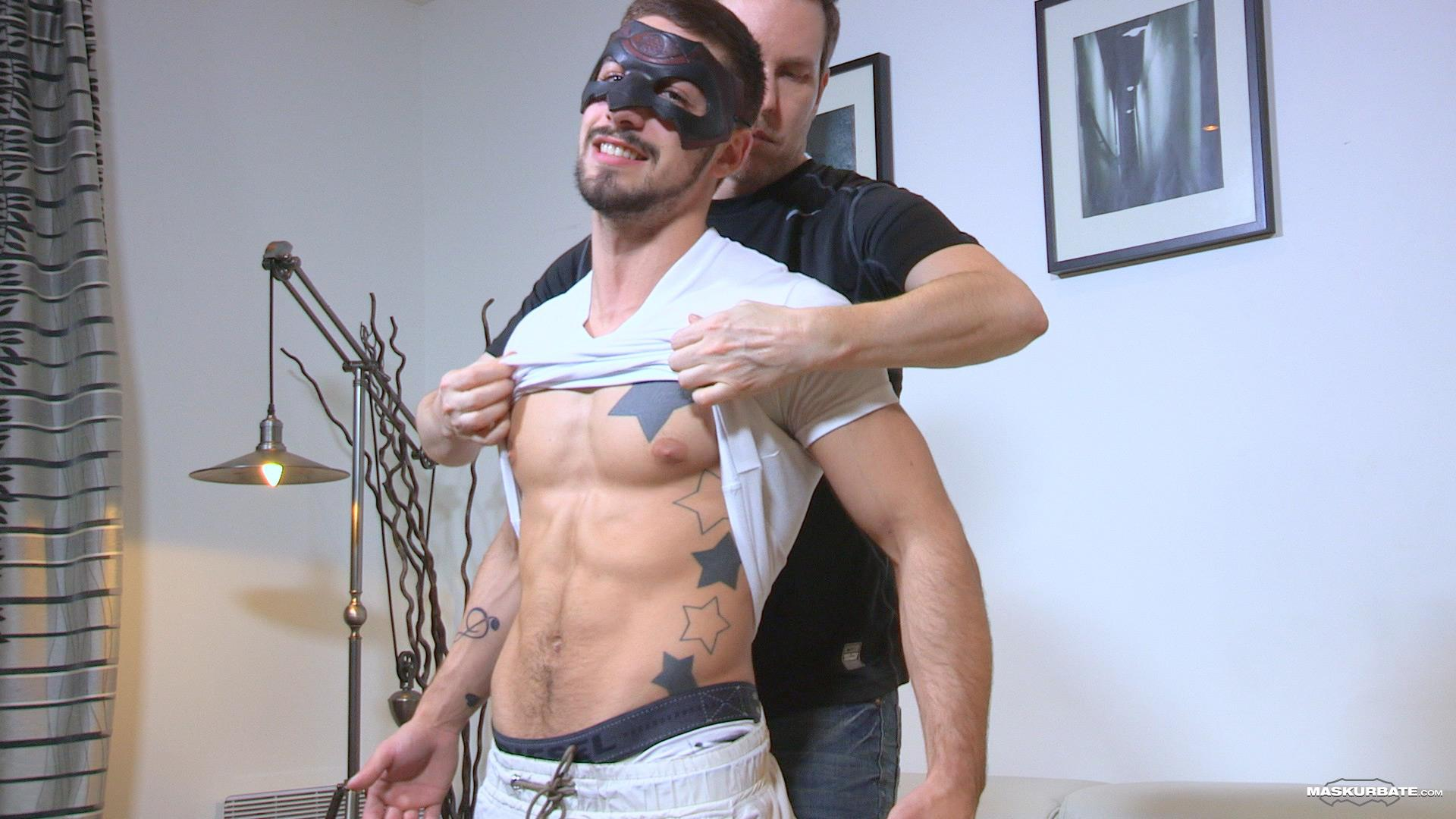 Maskurbate-Carl-Straight-Muscle-Jock-With-A-Big-Cock-Amateur-Gay-Porn-01 Straight Muscle Hunk Gets His First Blow Job From Another Guy