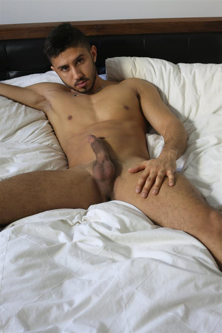 Men-of-Montreal-Malik-Big-Arab-Cock-At-The-Stock-Bar-Pictures-Amateur-Gay-Porn-11 Young Naked Moroccan Man Jerks His Big Arab Cock