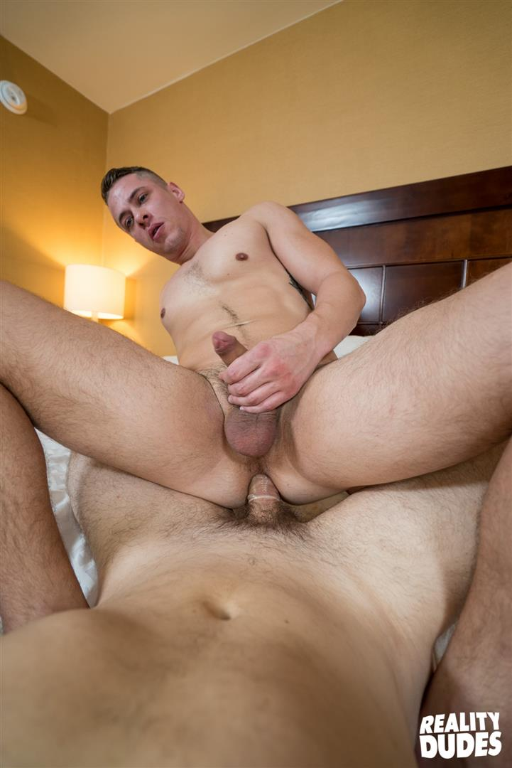 Reality Dudes Str8 Chaser Straight Jock Gets Fucked In The Ass 38 Straight Musular Jock Gets Offered Cash For Gay Sex