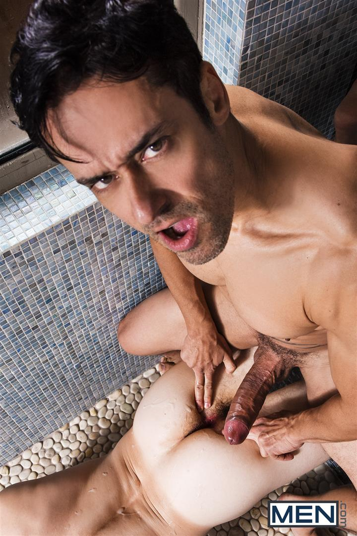 Men-Rafael-Alencar-and-Will-Braun-Gay-Sex-In-The-Gym-Sauna-24 Will Braun Takes Rafael Alencar's Big Uncut Cock In The Gym Sauna